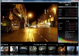 Ce logiciel gratuit vous permet de convertir vos RAW NEF au format DNG, un type de RAW standard développé par Adobe. Tous les fichiers RAW lisibles par cet utilitaire peuvent, après conversion, être lus et affichés pat les anciennes versions de Lightroom ou Photoshop.